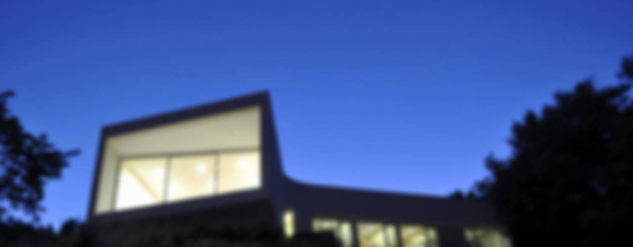 Casa Jorge Guedes por 100 Planos Arquitectura Lda Moderno