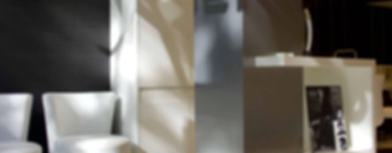 """""""Salmerón Peluquerías"""" Rambla Espacios comerciales de estilo minimalista de lauraStrada Interiors Minimalista"""