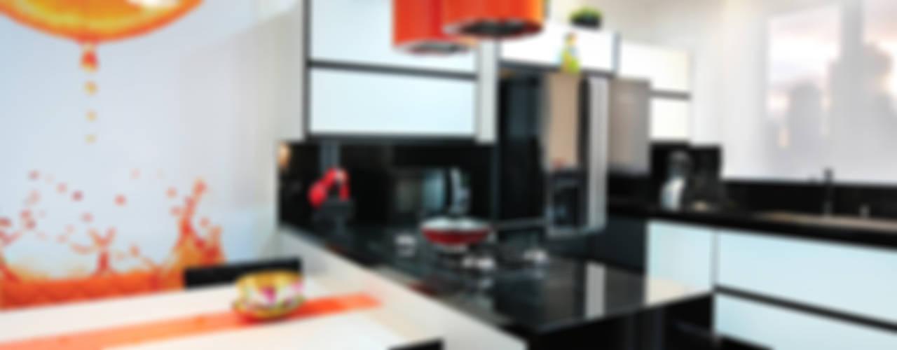 PROJETO COZINHA COLORIDA: Cozinhas  por Adriana Scartaris: Design e Interiores em São Paulo