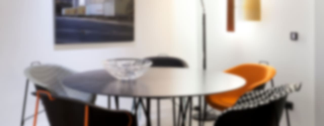 Showroom QuartoSala: Espaços comerciais  por QuartoSala - Home Culture,Moderno