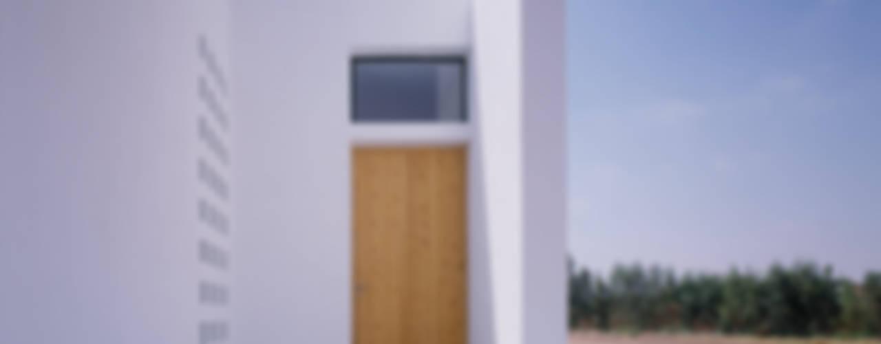Guilhem EUSTACHE Architecte DESA Casas de estilo minimalista