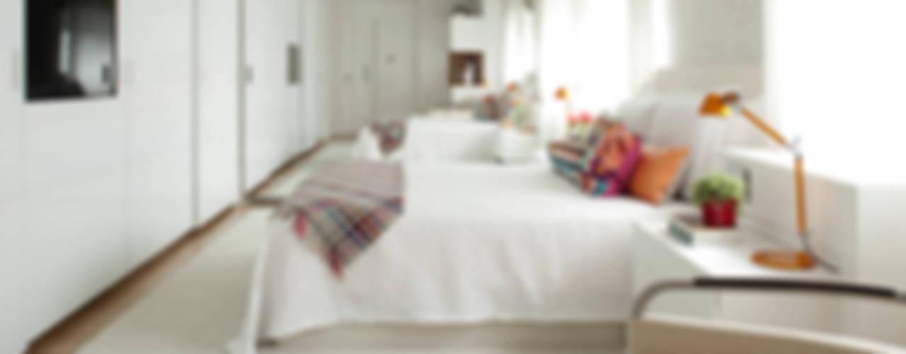 منازل تنفيذ Noura van Dijk Interior Design, حداثي