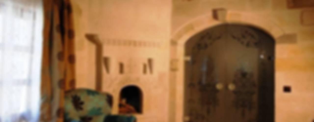 özgarip cam ltd şti – Cam Kapı: modern tarz , Modern