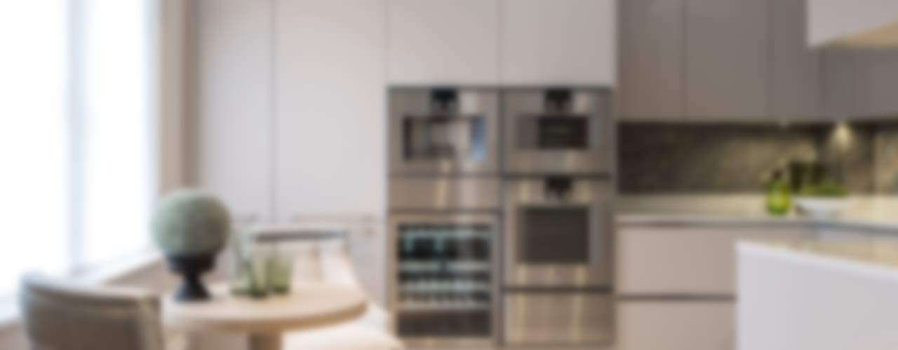 The Bromptons: Chelsea Classic style kitchen by Roselind Wilson Design Classic