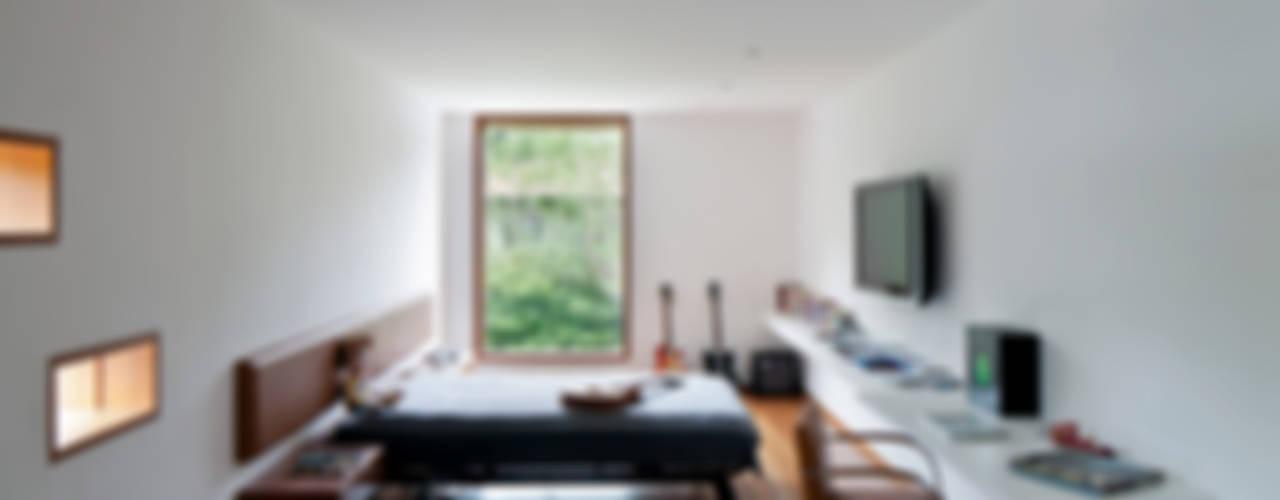 MR House/Casa MR Quartos modernos por Pascali Semerdjian Arquitetos Moderno