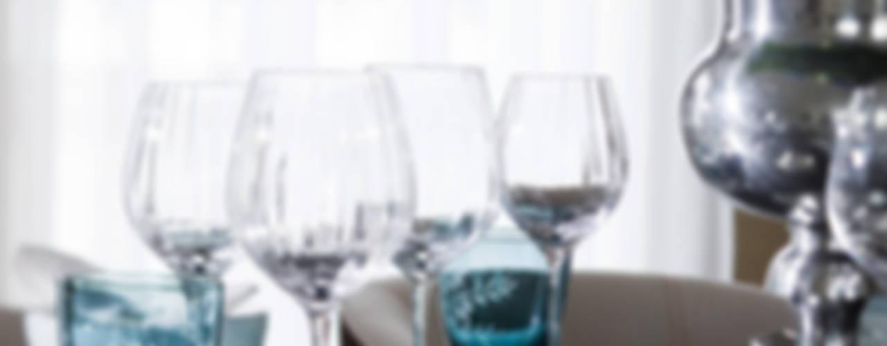 Cornwall Penthouse: Regents Park Roselind Wilson Design EsszimmerGeschirr und Gläser