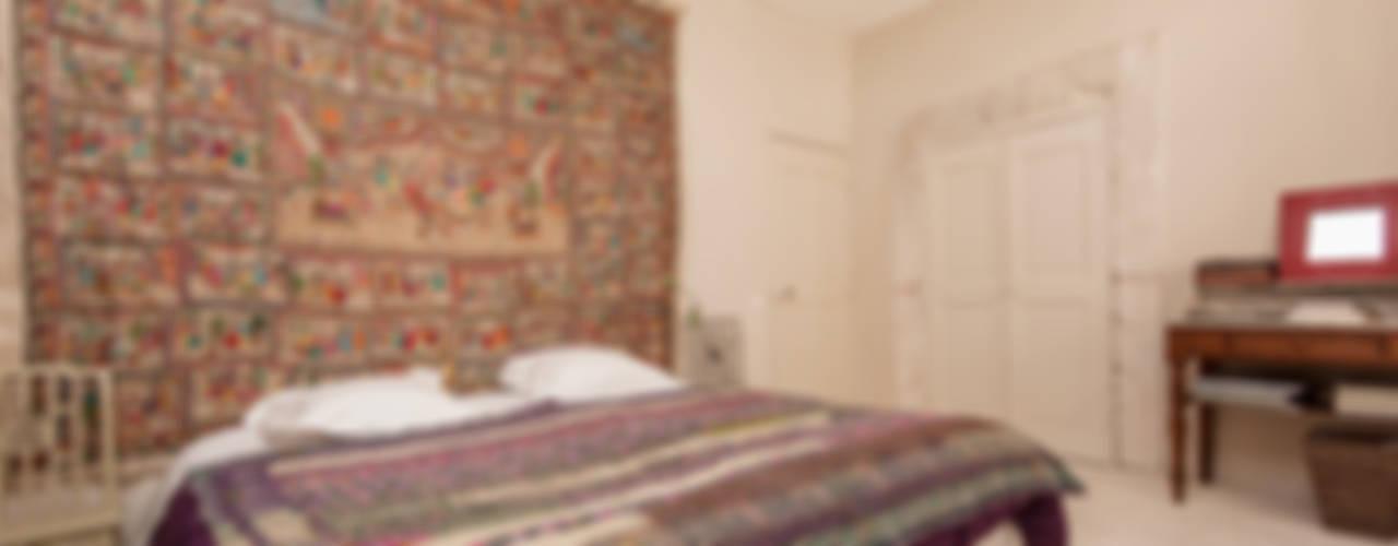 Habitaciones de estilo rústico de Pixcity Rústico