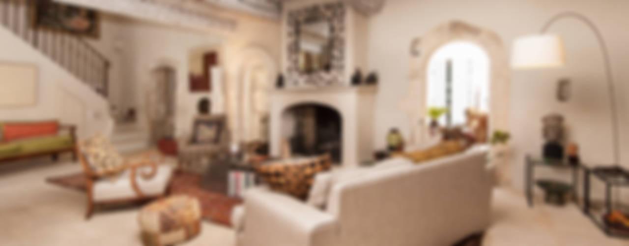 Ruang Keluarga Gaya Rustic Oleh Pixcity Rustic