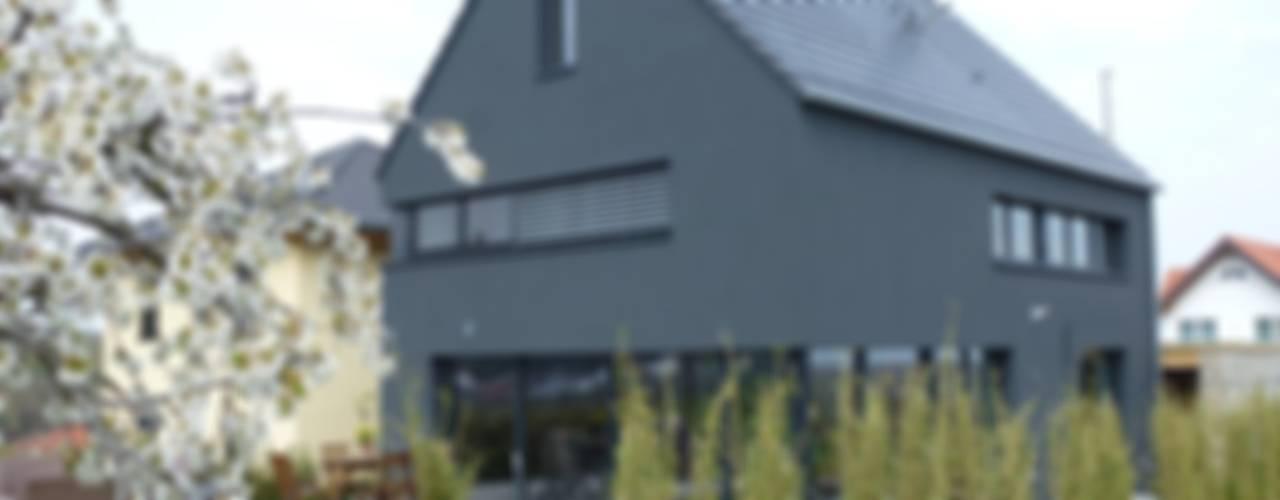 Faszination Haus - Passivhaus in Kleinkarlbach Ausgefallene Häuser von Architekturbüro für Passiv- und Energieplushäuser Ausgefallen