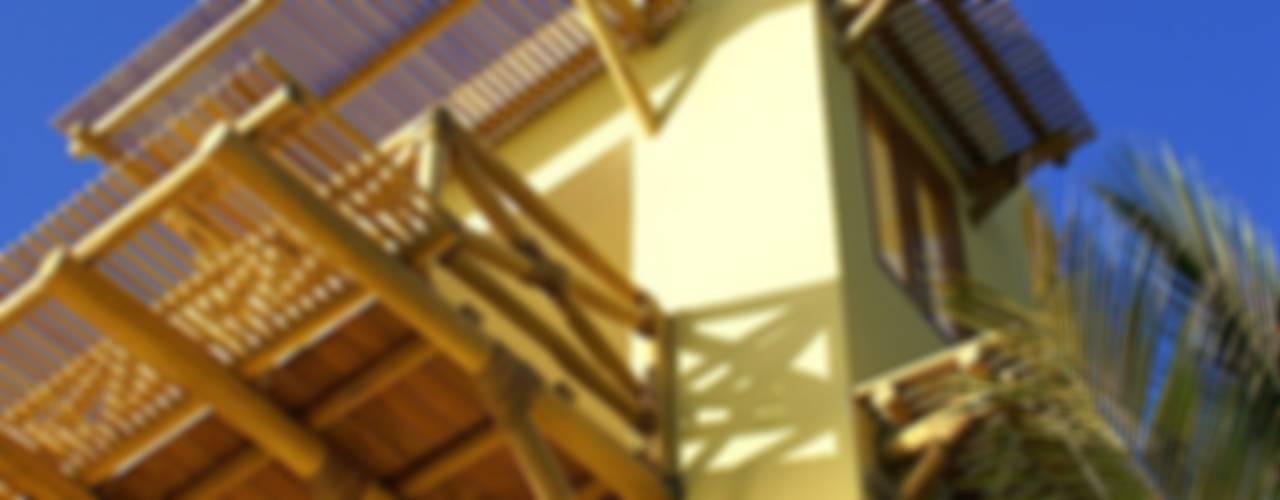 Casa Caracol :  de estilo tropical por BR  ARQUITECTOS, Tropical