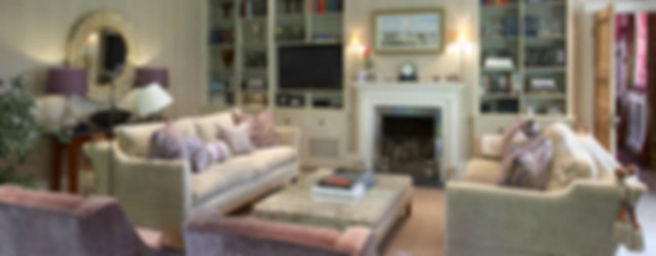 Sitting Room Salas de estar clássicas por Barkers Interiors Clássico