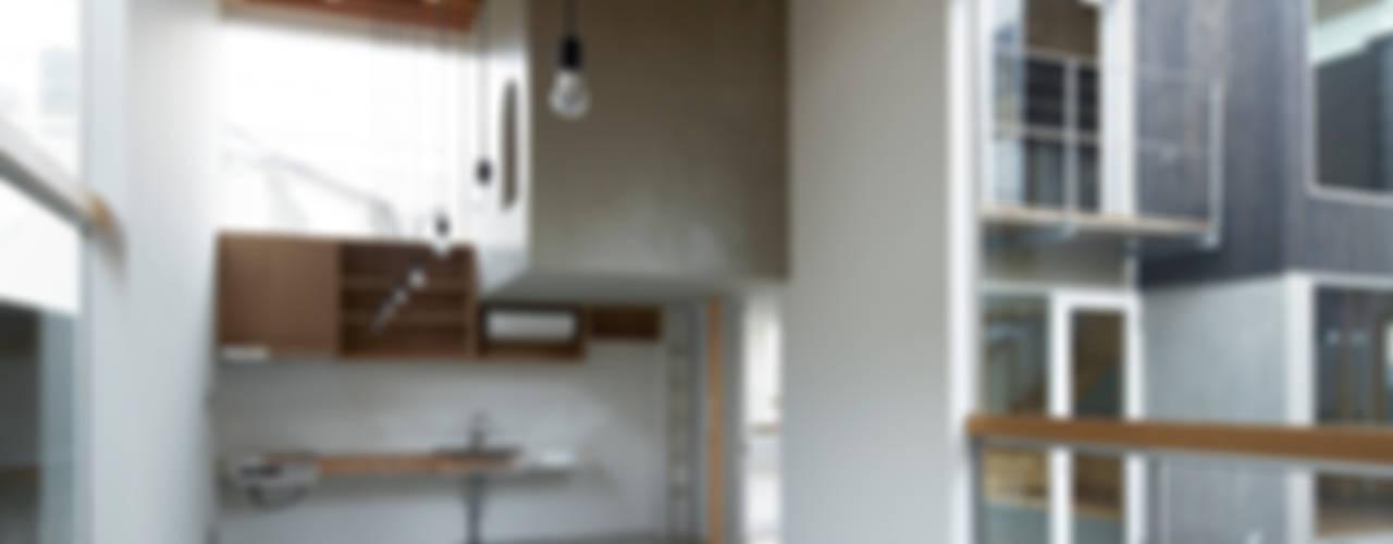桜台の家: 鈴木淳史建築設計事務所が手掛けたキッチンです。,インダストリアル