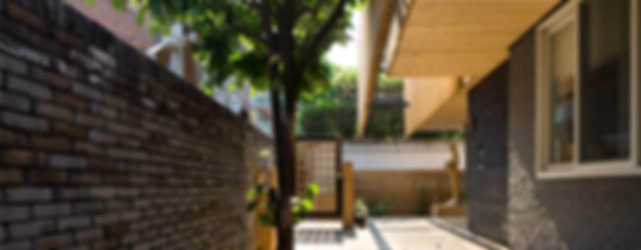 Houses by 무회건축연구소