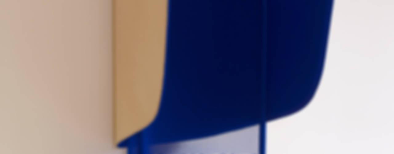 Hut - MARC VENOT + ANTOINE LESUR par Marc Venot
