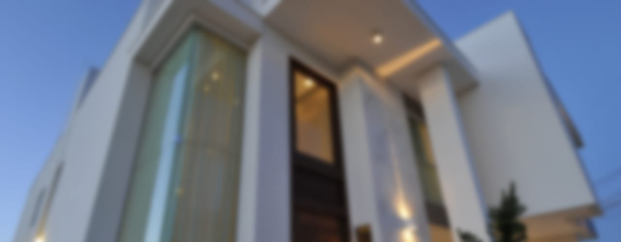 Nowoczesne domy od Espaço Cypriana Pinheiro Nowoczesny