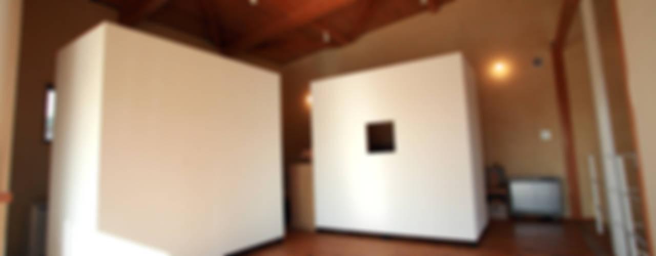 SOIL CUBE: 稲吉建築企画室が手掛けた折衷的なです。,オリジナル