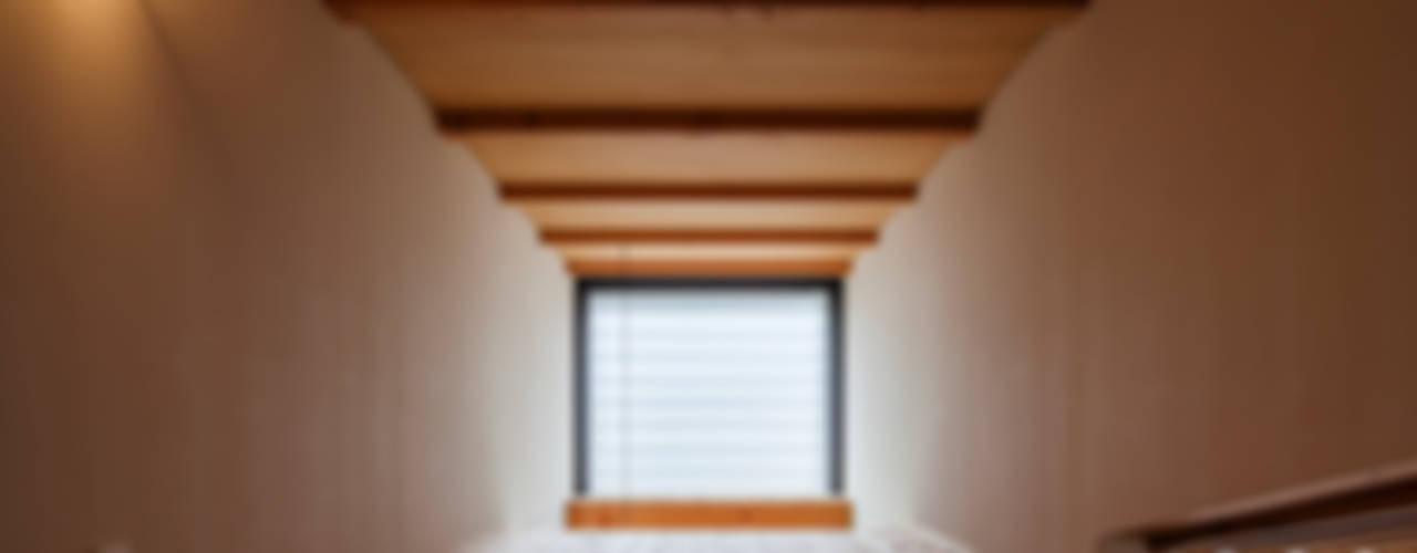 Casas  por FUMIHITO OHASHI ARCHITECTURE STUDIO