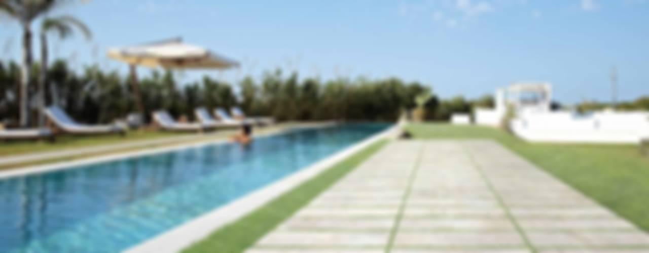 Plaza Yapı Malzemeleri – Havuz Seramikleri:  tarz Havuz