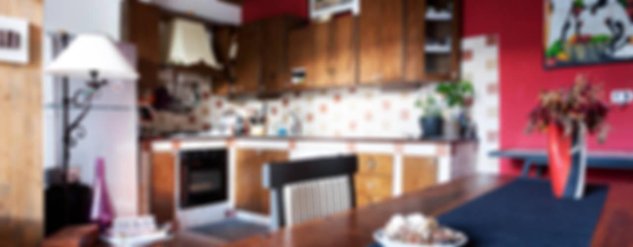 Cocinas de estilo ecléctico de INTERNO B Ecléctico