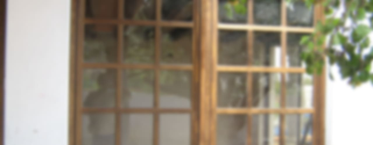Rustic style windows & doors by Multivi Rustic