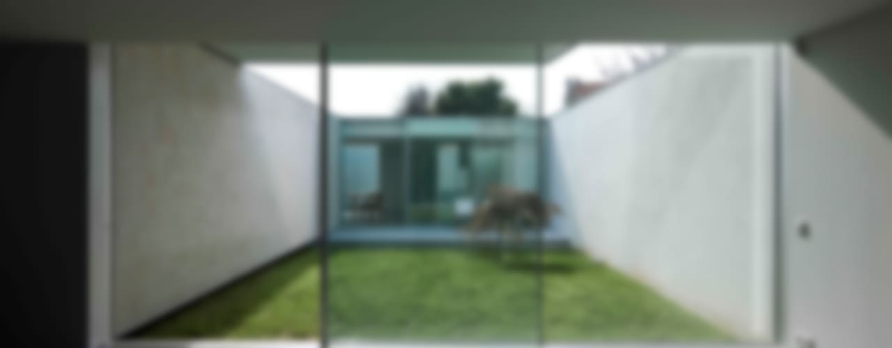 Окна в . Автор – CORREIA/RAGAZZI ARQUITECTOS