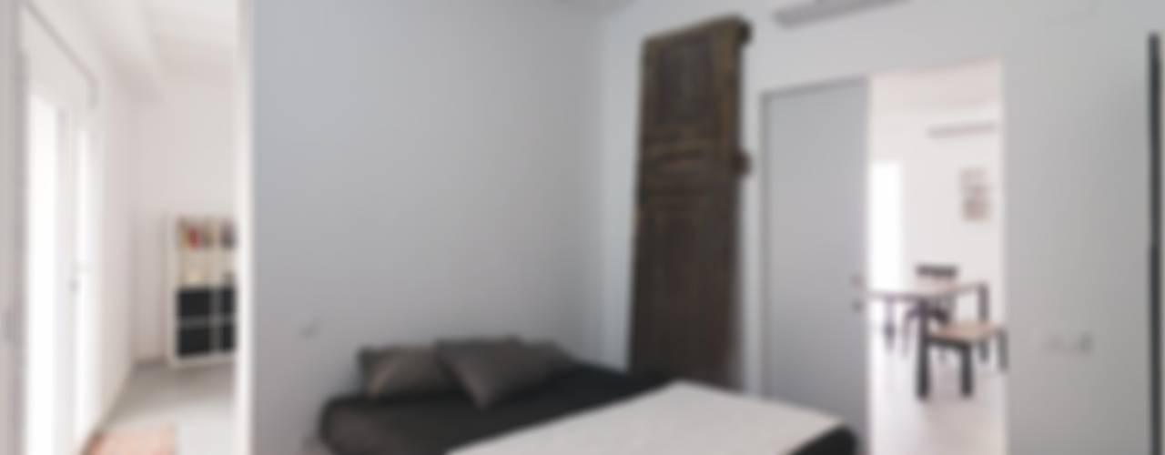 homify Dormitorios de estilo minimalista