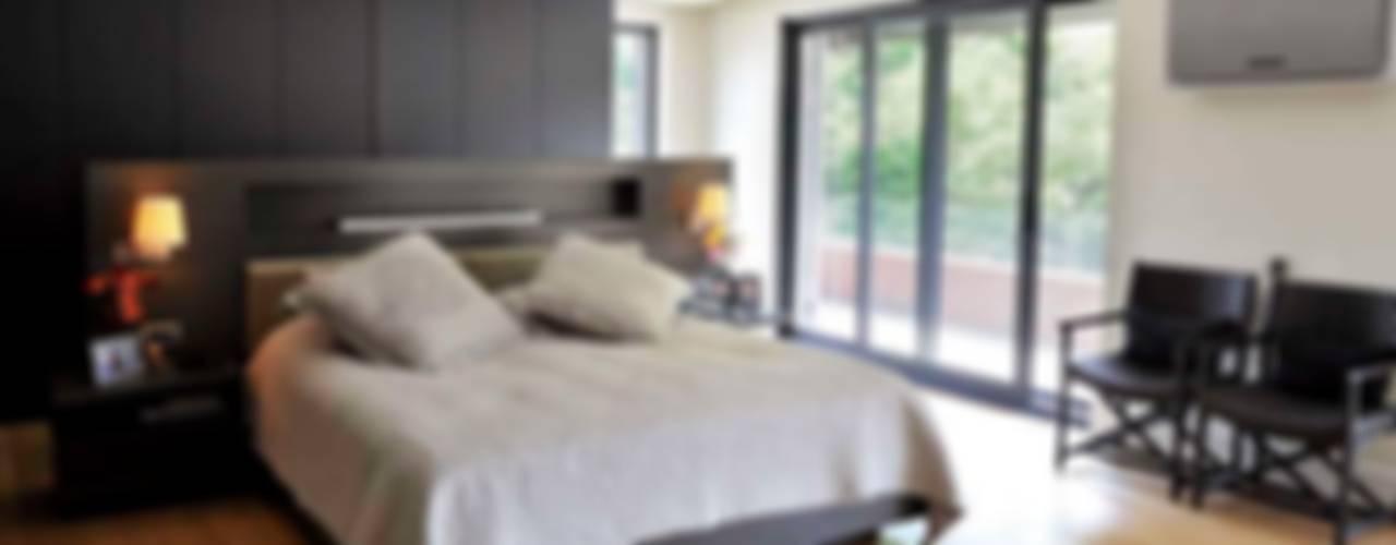 EK HOUSE SAKLIKORU Modern Bedroom by Esra Kazmirci Mimarlik Modern