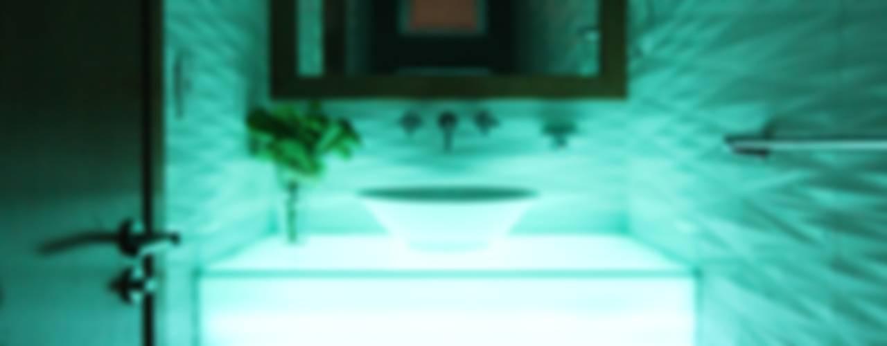 Salle de bains de style  par Losanto Arquitectos,