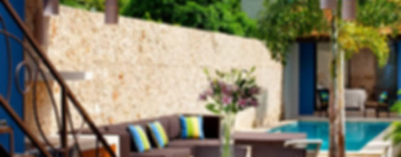 Balcone, Veranda & Terrazza in stile mediterraneo di Taller Estilo Arquitectura Mediterraneo