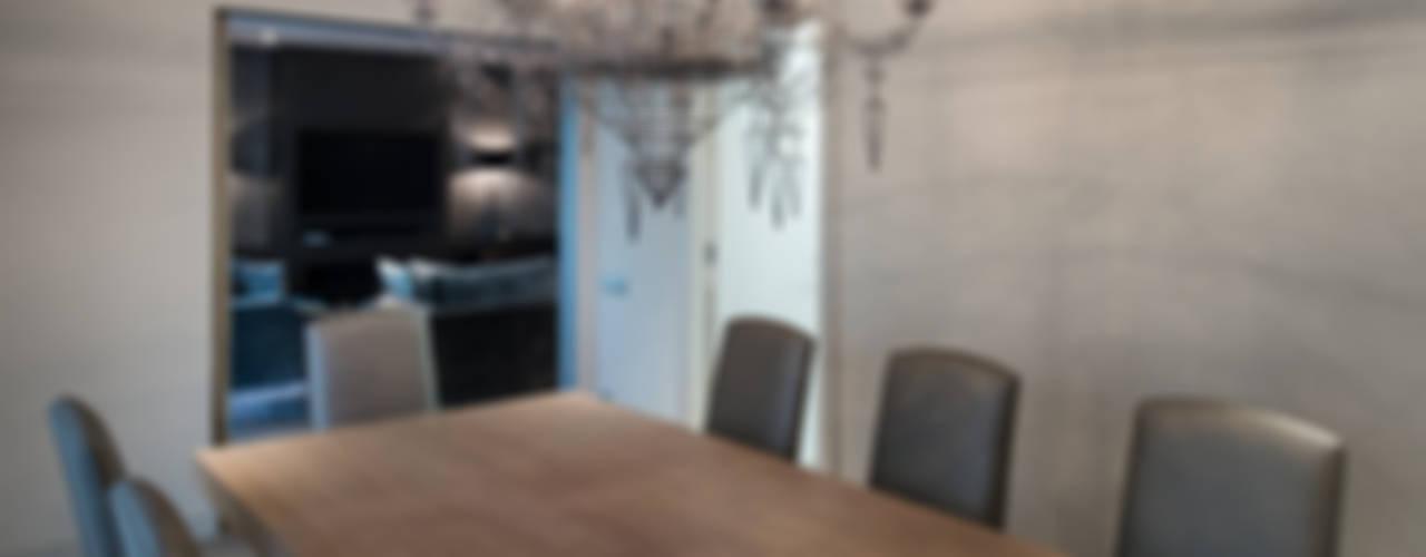 Interiorismo piso Barcelona Comedores de estilo moderno de Isa de Luca Moderno
