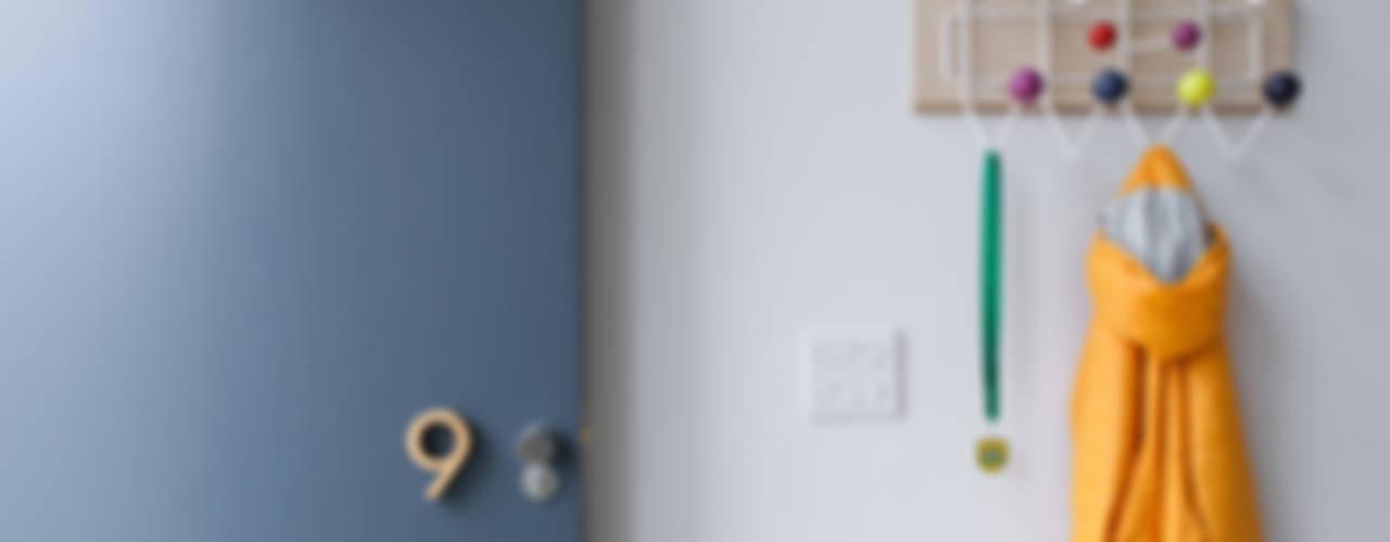 Long Crendon Skandinavische Fenster & Türen von MailenDesign Skandinavisch