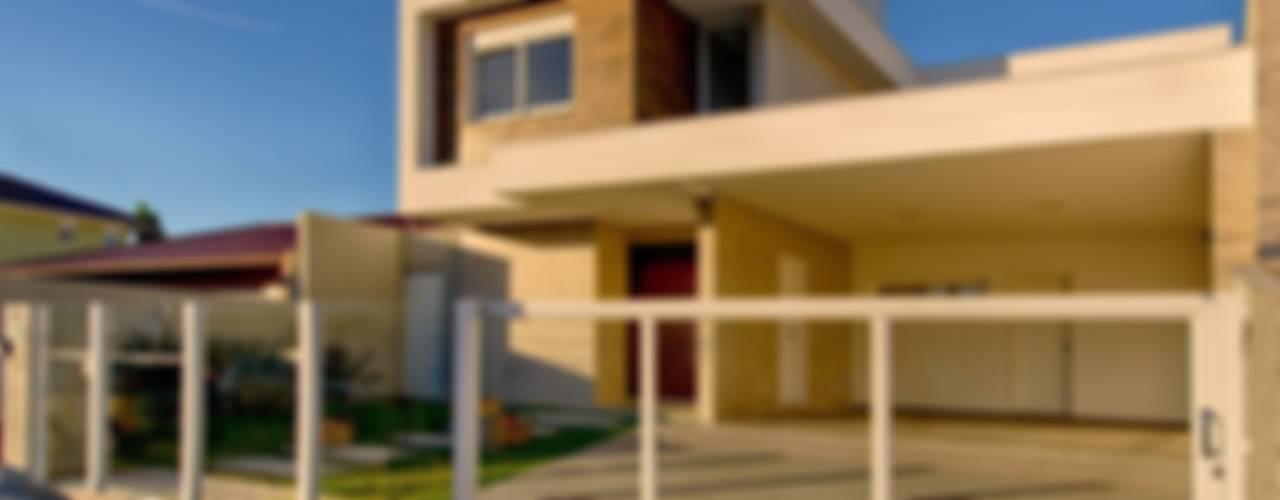 Casa bloco: Casas  por Espaço do Traço arquitetura