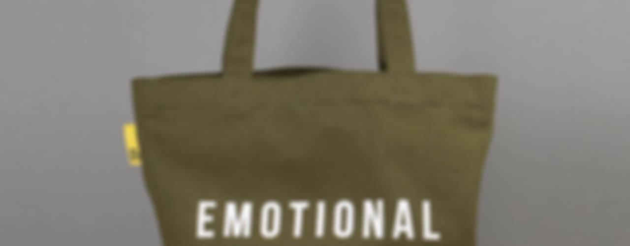 Emotional Baggage canvas tote por An Artful Life Eclético