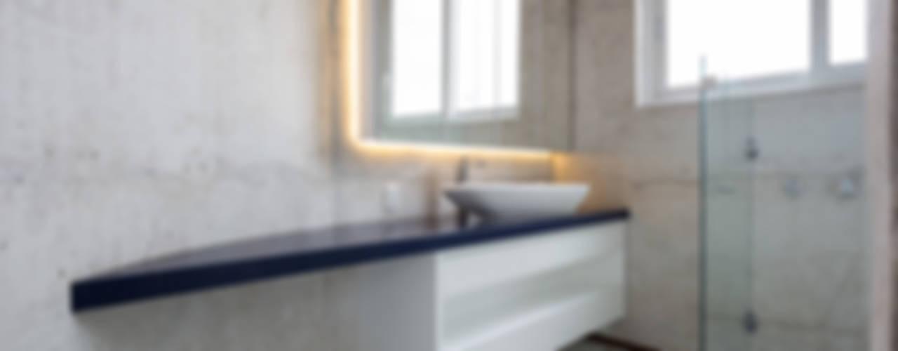 Badezimmer von Boa Arquitetura
