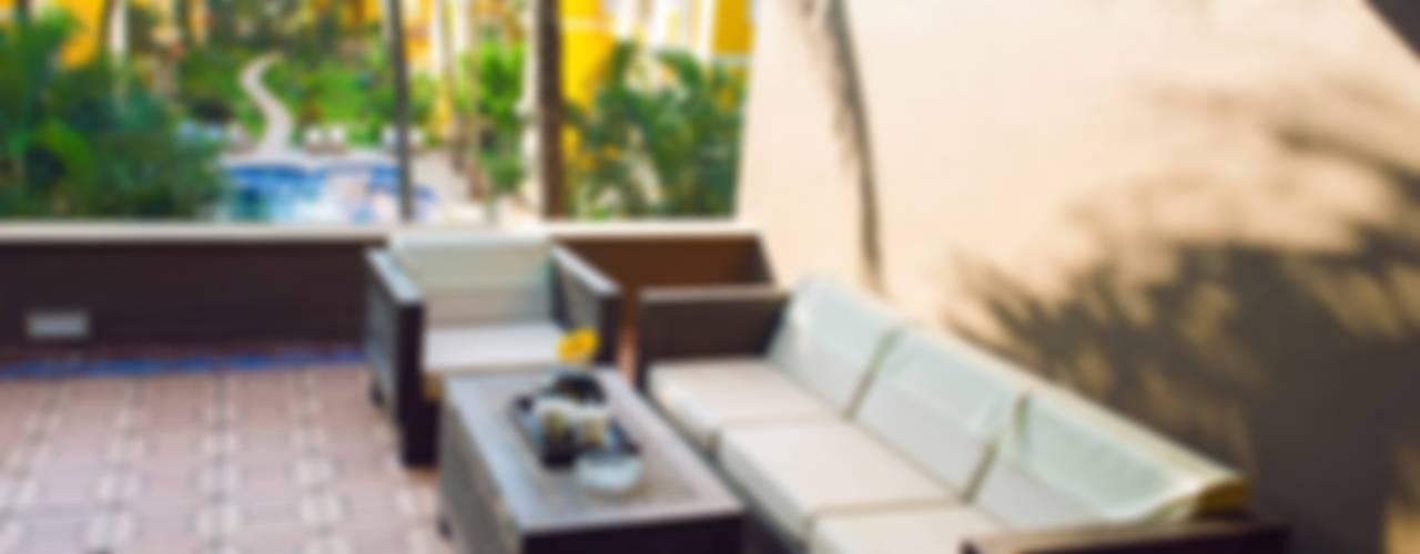 Adamo, The Bellus Zaaci Picture Company Hotels