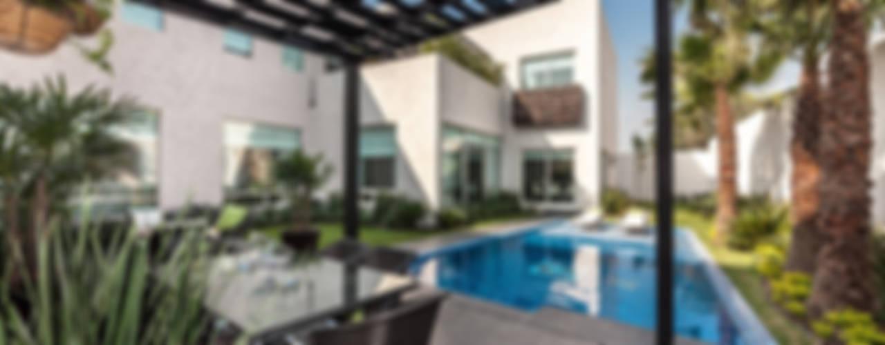 Casa Sorteo Tec No.191 de ARQUIPLAN Moderno