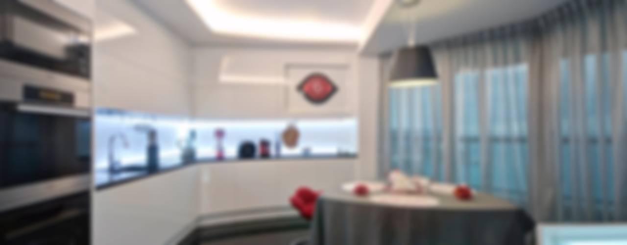 Maison Célèbre Panneau - montecarlo Cucina moderna di studiodonizelli Moderno