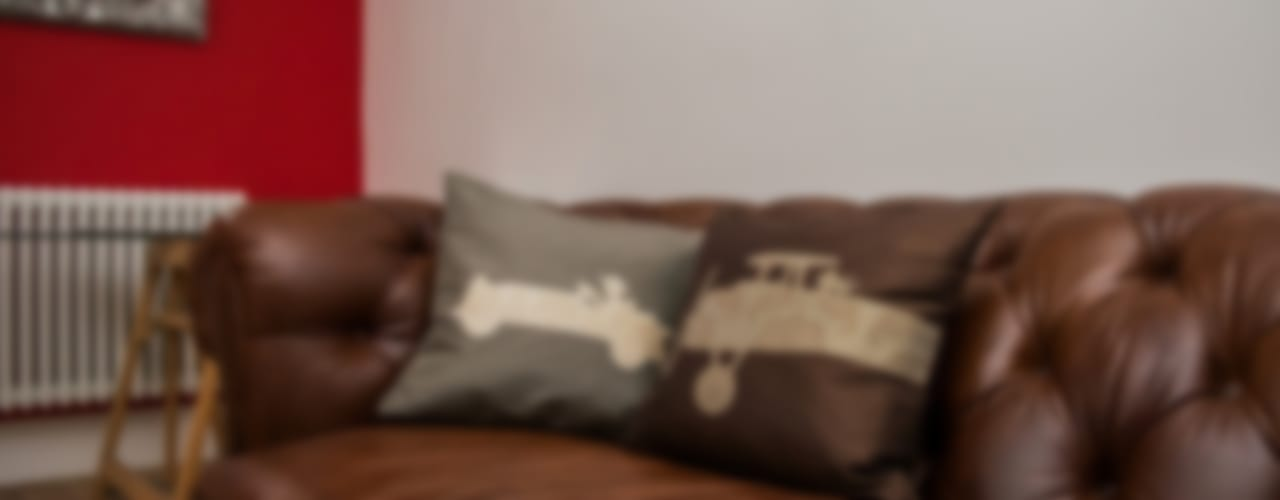 Vintage His and Hers Handmade Silk Cushions: classic  by Le Cocon, Classic