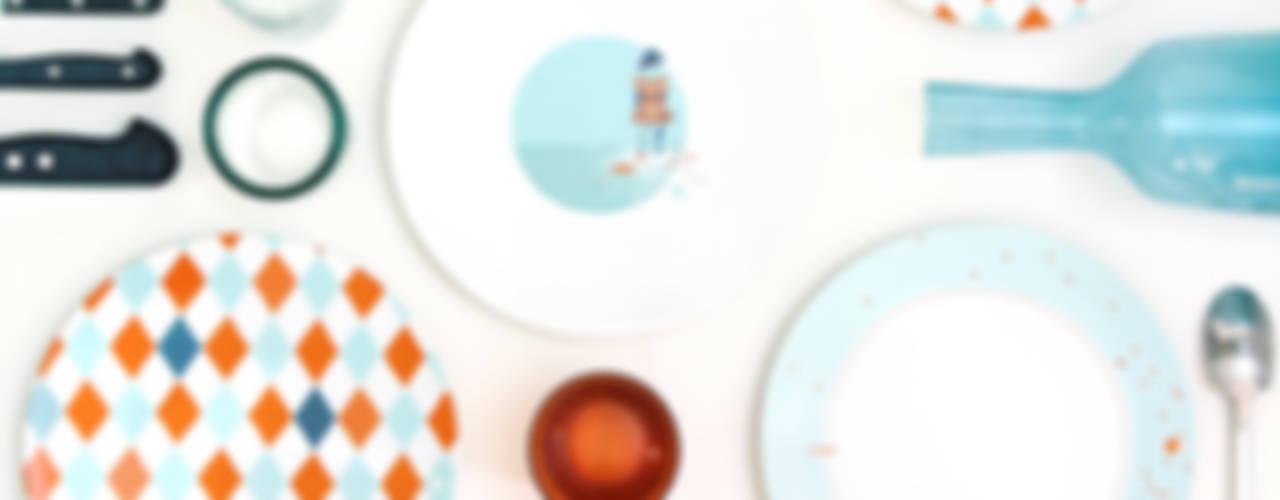 """Assiette graphique """"Les Pieds dans l'eau"""" par Petits Grains Éclectique"""