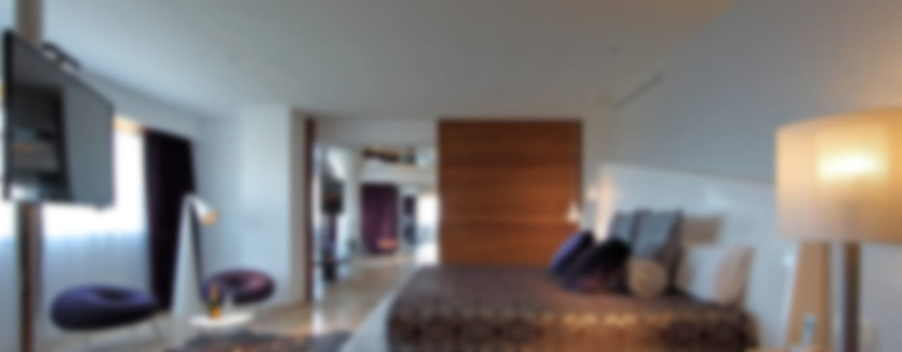 USHUAÏA IBIZA BEACH HOTEL Hoteles de estilo moderno de BELTÁ & FRAJUMAR Moderno