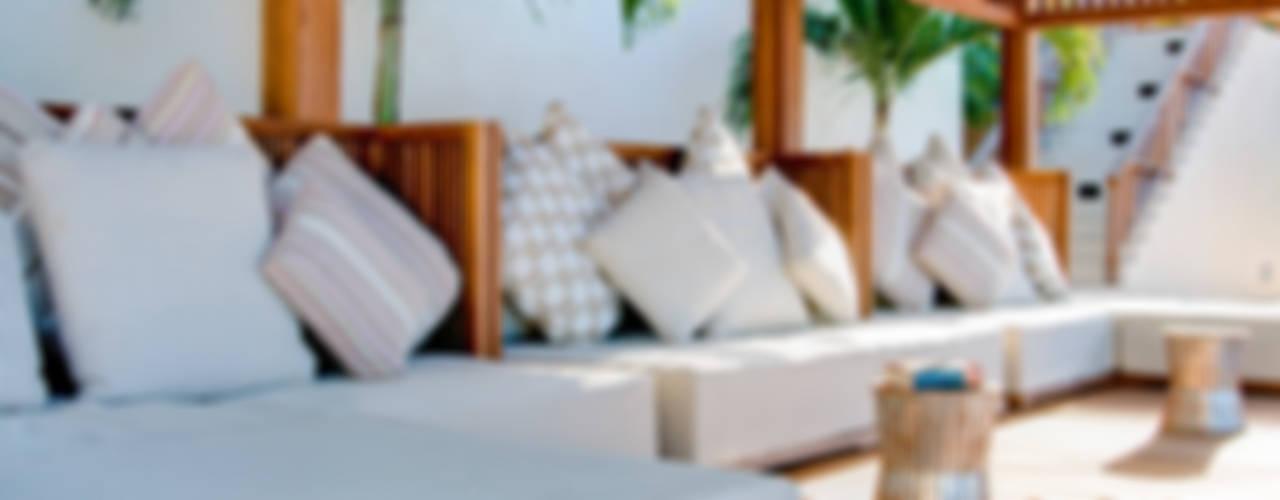 Balcon, Veranda & Terrasse tropicaux par ANG42 Tropical