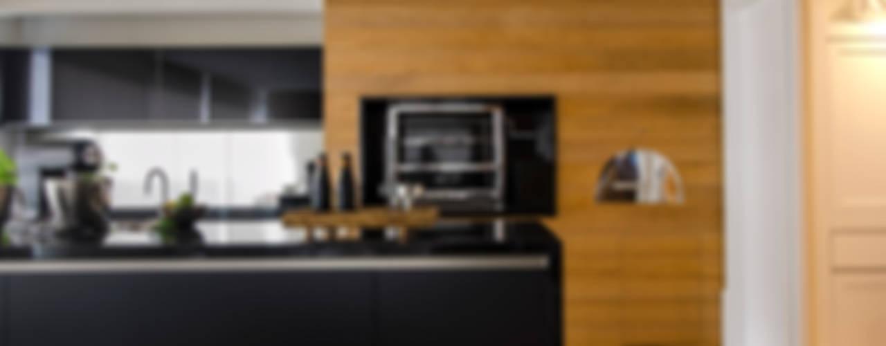 Kitchen by Prado Zogbi Tobar,