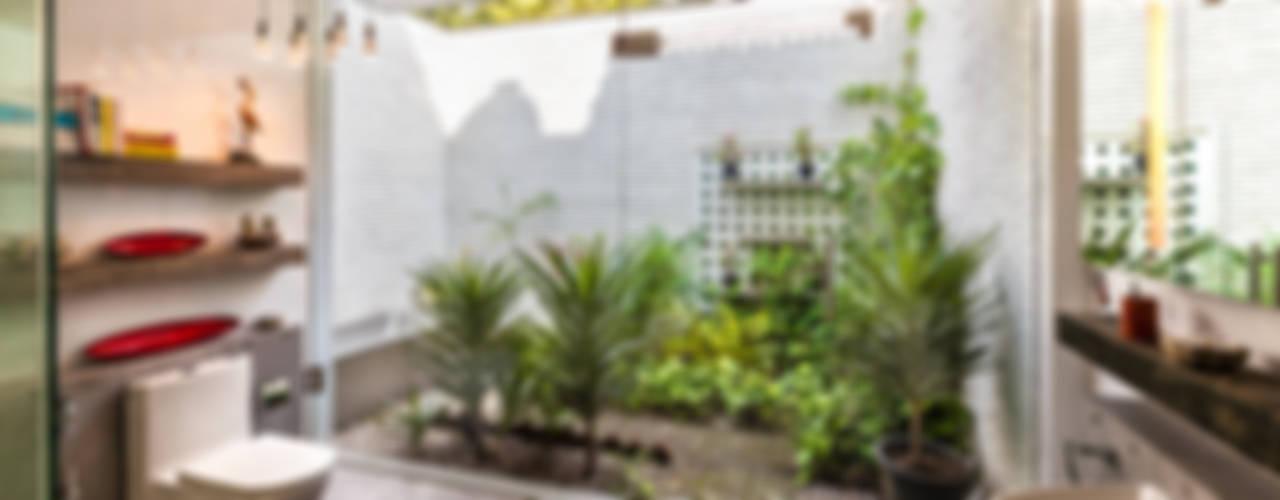 حمام تنفيذ Kumar Moorthy & Associates