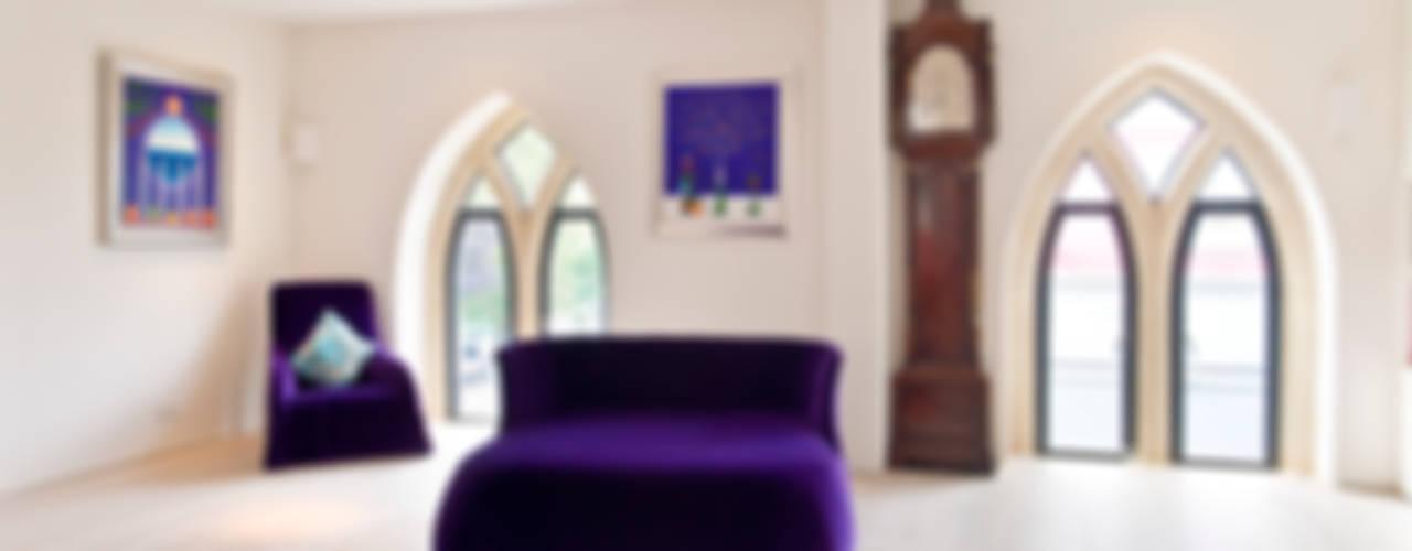 Church conversion Salas de estar modernas por London Residential AV Solutions Ltd Moderno