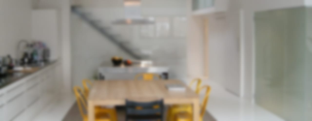 LOFT Salle à manger moderne par Barbara Sterkers , architecte d'intérieur Moderne