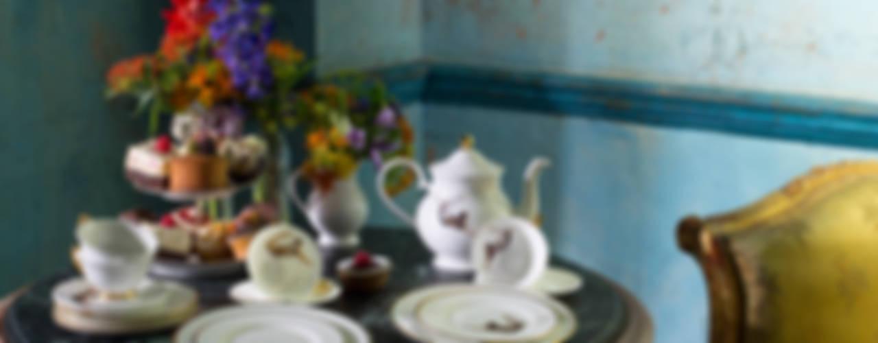 Trapeze Teapot por Melody Rose