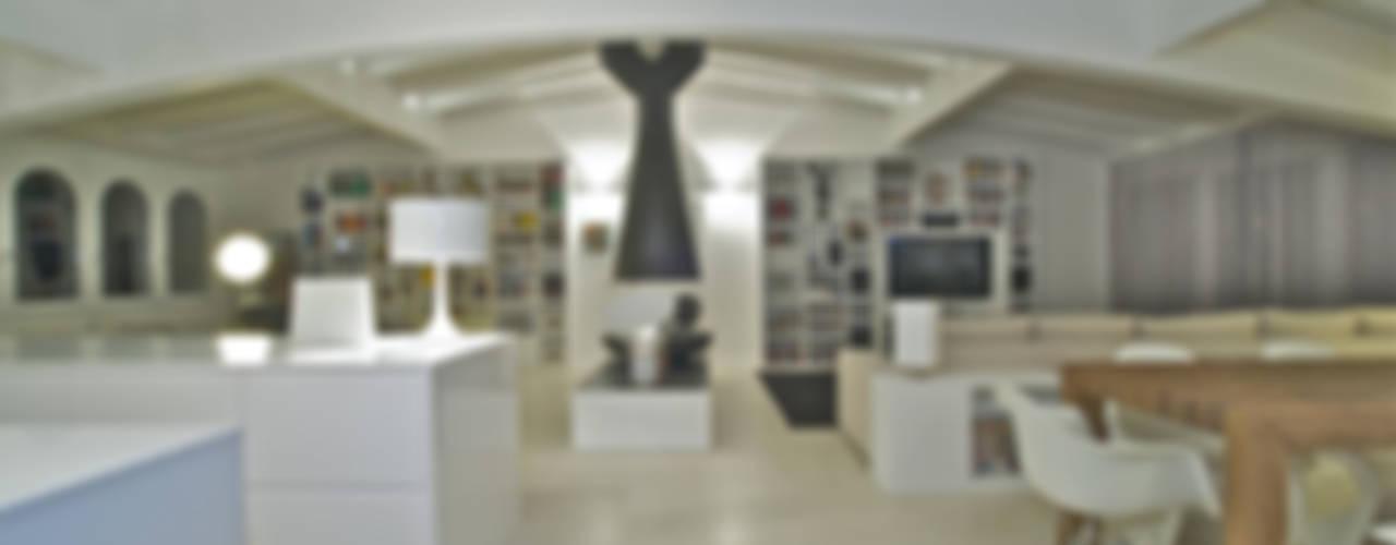 PENTHOUSE Case moderne di Fabio Gianoli Moderno