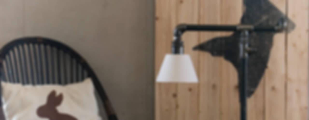 Industrial lamp: styl , w kategorii  zaprojektowany przez Gie El Home