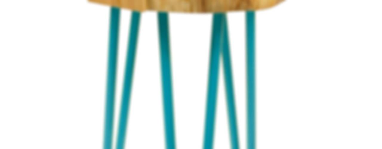 Table with a real piece of wood: styl , w kategorii  zaprojektowany przez Gie El Home,Nowoczesny