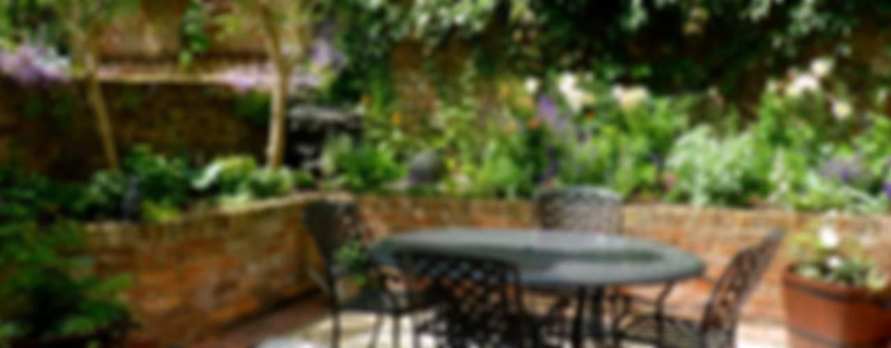 de estilo  de Cornus Garden Design, Clásico